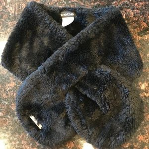 BEBE Pullthrough Faux Fur Black Scarf